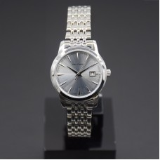 Stainless steel case genuine leather band Japan quartz movement water resistant Ladies watch